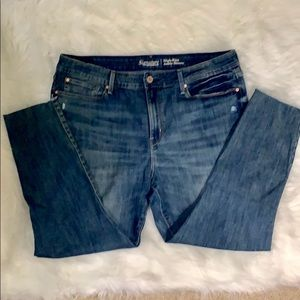 Levi Strauss High Rise Ankle Jeans Size 18